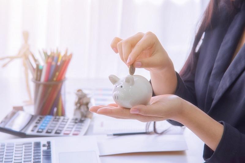 Mity o oszczędzaniu. Jeśli w nie wierzysz, nigdy nie zaczniesz oszczędzać!